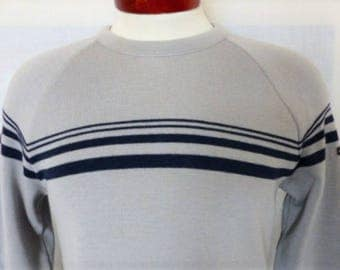 vintage 70's 80's Lido of California grey wool knit ski sweater raglan sleeve navy blue chest sleeve stripe pullover jumper crew neck medium