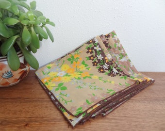 Vintage Floral Fabric/Cloth Napkin Set of 5 Mod Flowers Brown & Yellow