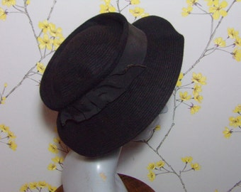 Vintage 1930s Black Felt Hat Stitching Design Fur Felt Hat By Beeswing Reg Vintage 30s Ladies Black Hat Grosgrain Bow