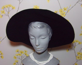 Vintage 1940s Black Felt Hat Wide Brim Ladies Hat 1940s Ladies Hat Vintage 40s Floppy Hat