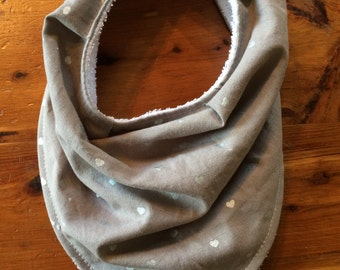 Bandana bib, gray arrow, absorbent, adjustable, washable