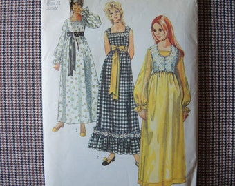 vintage 1970s simplicity sewing pattern 9259 Junior dress and bolero size 7