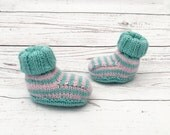 Knitted baby boots  green pink booties  knit baby girl shoes  knit baby boots  booties for baby