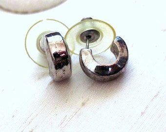 Vintage Huggie Earrings ~ Plain Small Petite Hoops ~ Pierced Post Hoop Earrings ~ Silver-Plated Filigree - Hypo Allergenic