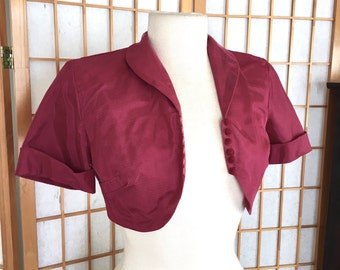 Vintage 50s Cropped Bolero Jacket with Short Sleeves in Burgundy Taffeta and Netting