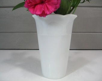 Milk Glass Vase, Hazel Atlas Flower Vase, Mothers Day, Shabby Chic, Cottage, Farmhouse