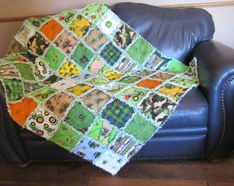 Rag Quilt 21 Different JOHN DEERE Fabric LGE 45 x 58 Toddler Baby Throw Blanket