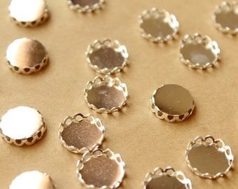 50 pc. Silver Plated Brass Lace Edge Setting: 12mm in diameter | FI-353