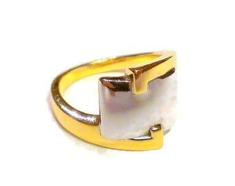 "Modern 14K Two Tone Ring Size 8 1/4"""