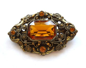 Bohemian Czech Vintage Brooch Pin, Faceted Golden Topaz Glass Stone , Rope and Swirl Antiqued Setting circa 1915