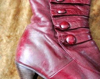 Vintage ladies burgundy red leather boots: Edwardian style button sided with Mary Poppins heel-  size 9