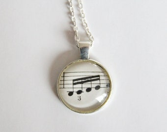 Musical Notes | Cabochon Necklace
