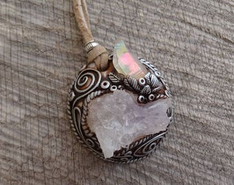 SHIPPING INCLUDED Angel Aura Quartz Point and Amethyst  Pendant