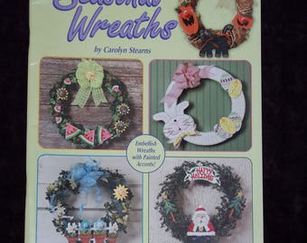 Seasonal Wreaths craft booklet,Embellish 12 seasonal & holiday wreaths with painted accents,How to pamphlet,illustrated instructions