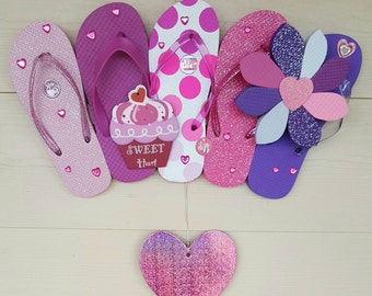 Beautiful Valentine's Day Flip Flop Wreath Hearts Glitter Pink Beach Decor
