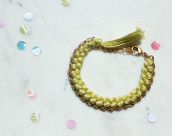 Green/Woven Chain Bracelet/Modern Friendship Bracelet