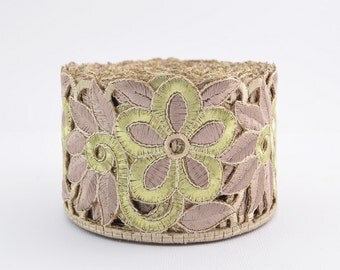 Gold Trim, Lace Trim, Embroidered Lace, Embroidery Lace Trim, Border, Indian Style, Filigree, Brown Beige, Gold - 1 meter