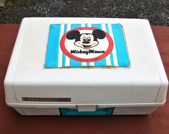 Vintage General Electric Mickey Mouse Walt Disney Record Player ~ Needs Repair