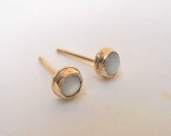 Mother of pearl studs, 4mm 14K gold stud earrings. Rustic handmade bezel