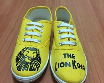 Lion King Toms. Simba Toms. Lion King shoes. Hakuna Matata Toms.
