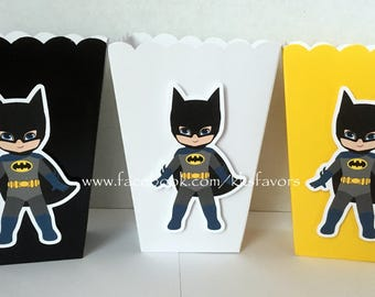 Batman / Spider Man / Superman / Captain America / Hulk / Treat Boxes / Favor Boxes / Pinata Boxes - Set of 12