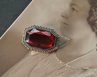 Art Deco Red Stone Pin