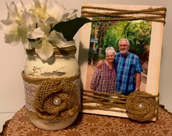 Rustic Picture Frame - 4x6 Picture Frame- Painted Wood Block - Burlap and Twine Frame - Wedding Gift - Wedding centerpiece - Shower gift