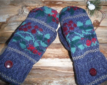 Sweater mittens, made from recycled upcyled sweaters, fleece lined, blue patterned, so warm and cozy