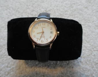 Timex Indiglo Water Resistant Quartz Ladies Watch with a Black Band
