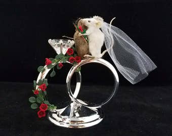 Taxidermy Mice/Mouse Wedding Cake topper//bride & Groom-wedding rings-roses