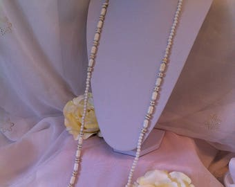 Vintage 1920s 1930s flapper long beads cream ivory white necklace costume jewellery art deco downton abbey lady mary edith majolica