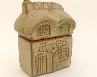 Tremar Pottery of Cornwall  Thatched Roof Cottage Trinket Box