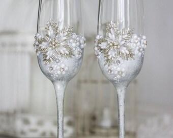 Wedding Champagne Glasses, Silver Wedding Glasses, Personalized Toasting Glasses, Winter Wedding Mr and Mrs Glasses Set 2 pcs G1/12/16-0002