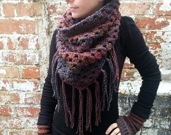Crochet scarf. Fringed scarf , triangle scarf , Crochet cowl . Brown scarf . Festival scarf. Crochet snood. Valentine's gift