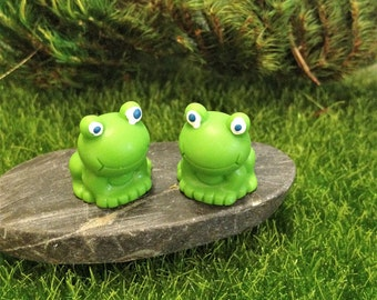 Two Cute Little Frogs Miniature Animal Figurines