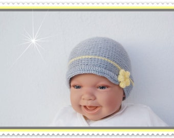 Baby hat of new born Hat gray with crochet flowers and shield