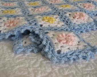 Vintage Blue Pink and White Crocheted Baby Blanket / Afghan