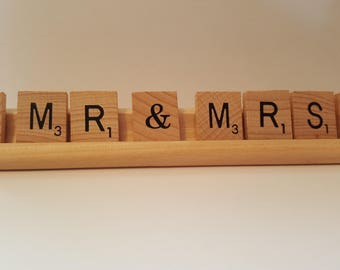 Werdding Gift, Table setting for 'Mr & Mrs' scrabble tiles and wooden rack