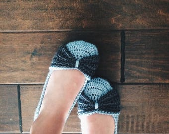 Crochet slippers - Women's Crochet House shoes - bow slippers - blue and gray - custom made knit slippers