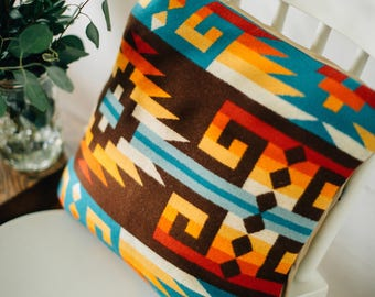 Tribal Pillow Cover in Pendleton Wool. Southwestern pillow, native pillow cover, tribal throw pillow, accent pillow, boho pillow, Aztec