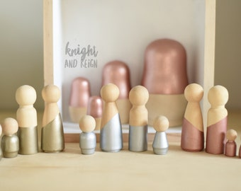 Metallic Minimalist Wood Peg Doll Family of Four Rose Gold Silver and Champagne Gold