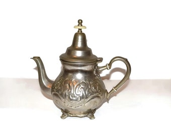 Vintage Pewter Teapot with hinged lid 1970s vintage teapot unique gifts