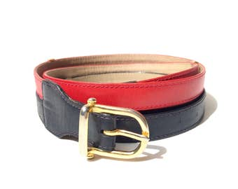 CÉLINE!!! Stylish 1970s 'Céline' red and navy leather belt with gold metal spacers and buckle / Made in Italy