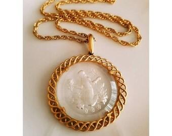 Vintage Crown Trifari Glass Intaglio Cameo necklace