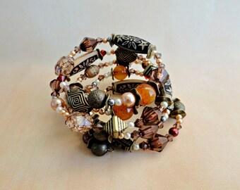 Colourful Memory Wire Bracelet Women's Bracelet Beaded Bracelet Valentine's Gift Gift for Her Boho Bracelet Gypsy Hippie Bracelet