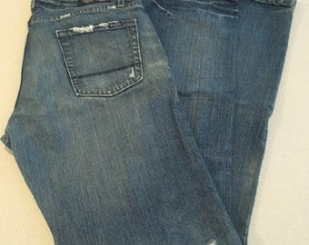 Vintage Men's Signature Levis, Low Bootcut Jeans, 34 x 34 Grunge Levis 100% Cotton Indie Hipster Moderately Distressed Men's Boyfriend Jeans