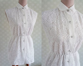 White Lace Vintage Blouse. Sleeveless blouse. French Vintage blouse.