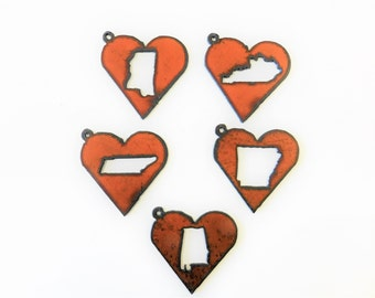 Mississippi(2) Kentucky Tennessee Arkansas Alabama Choose (2) pendant charms made out of rusted metal