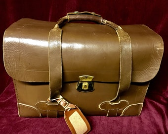 Vintage Leather Briefcase - Seward Luggage Co - Government Issue