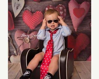 6ft x 6ft Valentine's Day Photography Backdrop - Hearts Photography Backdrop - Hearts on Wood Backdrop – Item 2157
